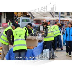 photos-20km-de-montpellier-2014-place-comedie / depart