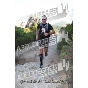 photos-6666-grand-raid-occitan-2012-salagou-vailhan-roquebrun / photos-moureze-grand-raid-occitan-5km-2012
