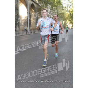 photos-marathon-montpellier-2012-place-comedie / photos-marathon-montpellier-2012-passage-km12